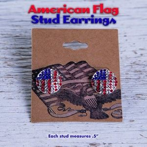 American Flag Earrings *Stud 🇺🇸💎🔴⚪🔵